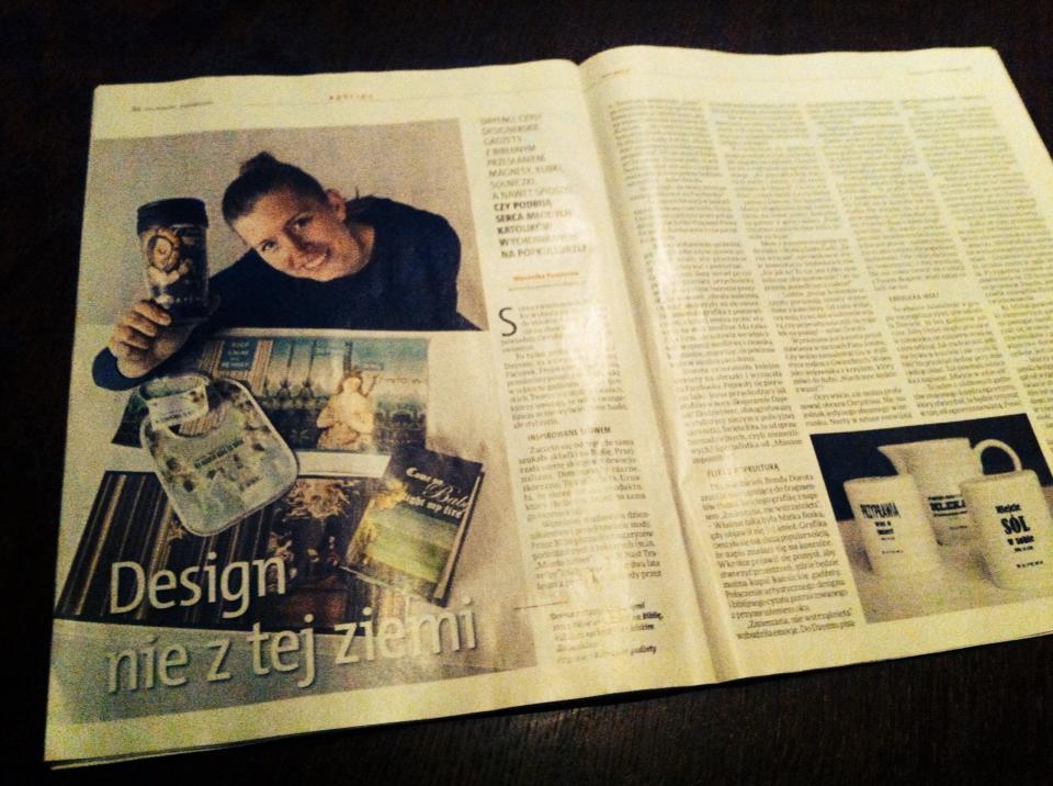 """O gadżetach religijnych i chrześcijańskim dizajnie DAYENU pisze Weronika Pomierna w reportażu """"Design nie z tej ziemi"""""""